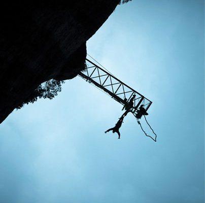saut elastique nocturne nuit 107 metres