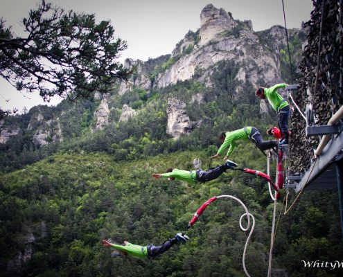 saut elastique falaise tarn sports extremes